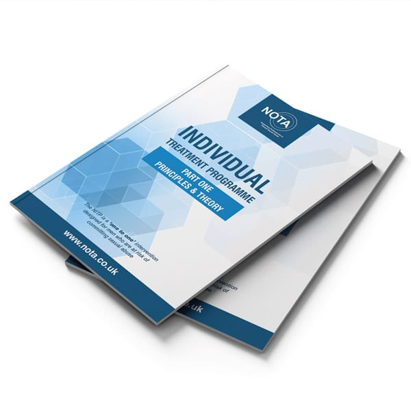 Brochure-Mockup-Web